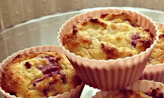 raspberry armaretto muffins