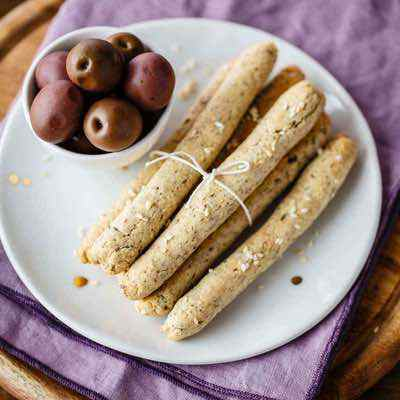 Sesame Grissini Breadsticks