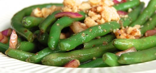 Balsamic Green Bean Salad- with red onion and walnuts.