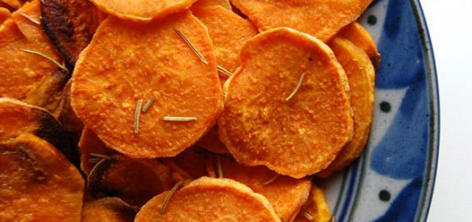 Easy Homemade Sweet Potato Chips- I made these and I will never buy store-bought sweet potato chips ever again! Just pop them in the oven, let them cool & enjoy.