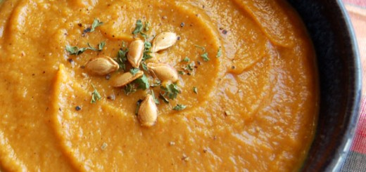 World's Best Roasted Butternut Squash Soup- this soup is my favorite! Perfect for a cold day.