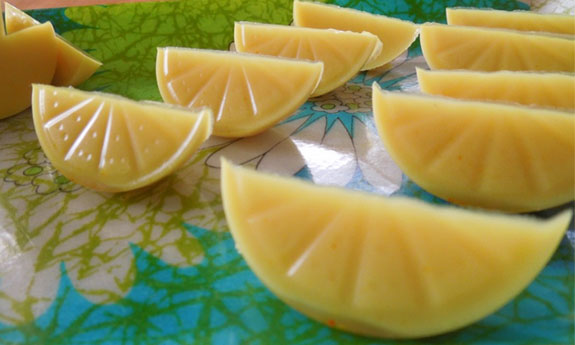 paleo gummi orange slices