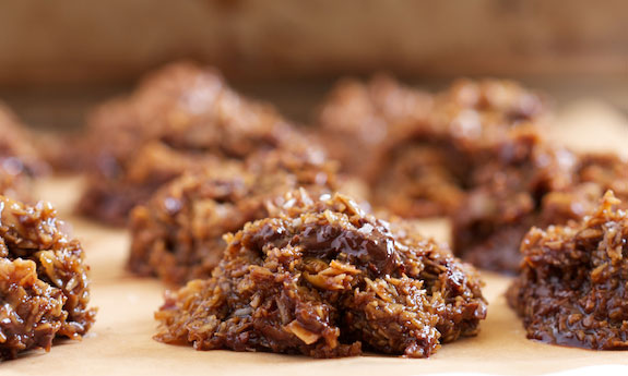 Home.fit saltedcaramelcookiedessert 47 Paleo Desserts to Satisfy Any Sweet Tooth