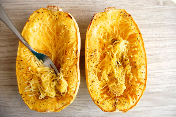 how to cut yellow squash lengthwise