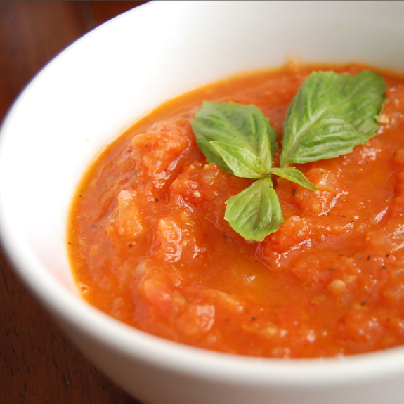 Easy Homemade Tomato Sauce- this is one of the best tomato sauces I have ever had and it only requires 3 ingredients!