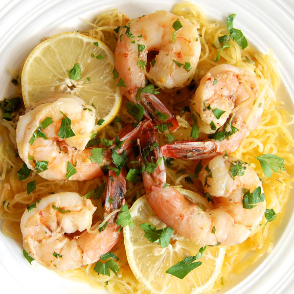 Homemade Spaghetti Squash Shrimp Scampi l Homemade Recipes http://homemaderecipes.com/healthy/24-homemade-shrimp-scampi-recipes