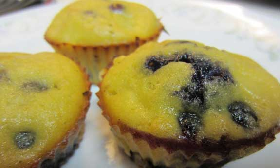 blueberry mango muffins