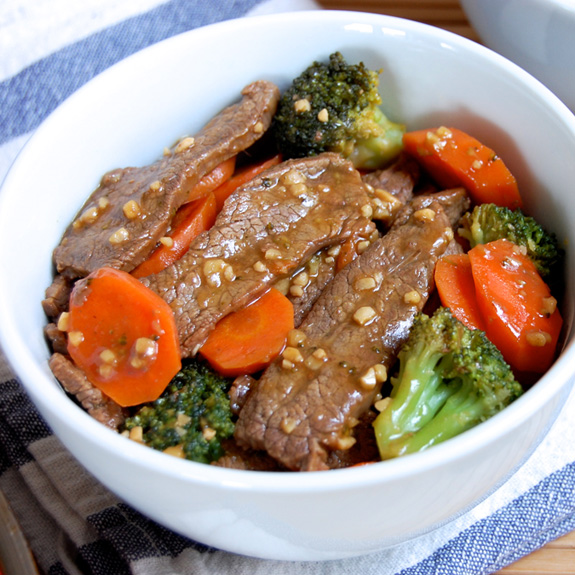 This is one of my go-to meals when my family is in the mood for Chinese. This Beef & Broccoli stir fry is so simple to make, and my family loves it!