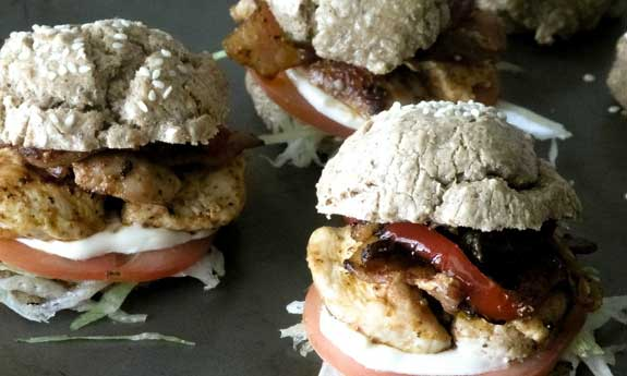 low carb buffaloc hicken sandwiches