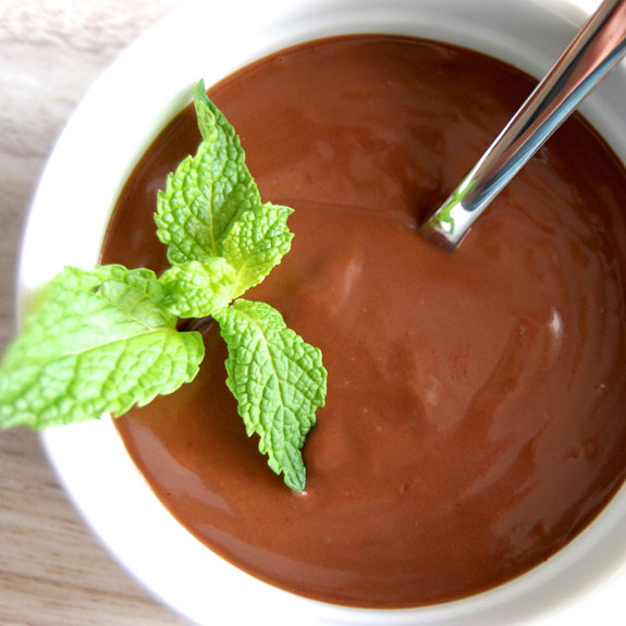 Quick and Easy Dark Chocolate Pudding- all the chocolatyness without the guilt.