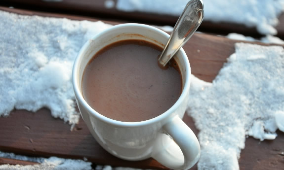 Dairy Free Peppermint Hot Chocolate