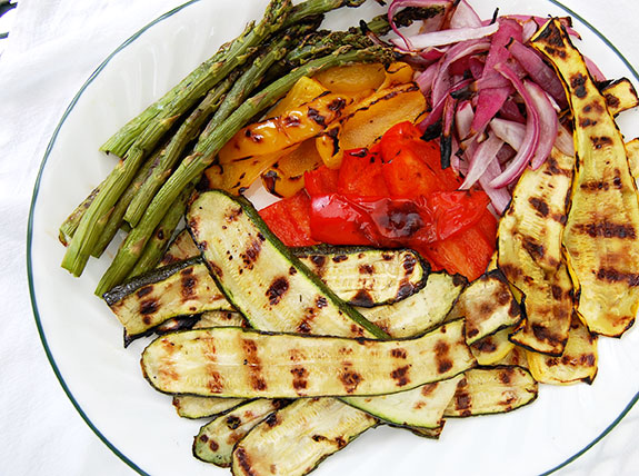 & Grilled Veggie Salad Platter with Lime Sauce | Paleo Grubs