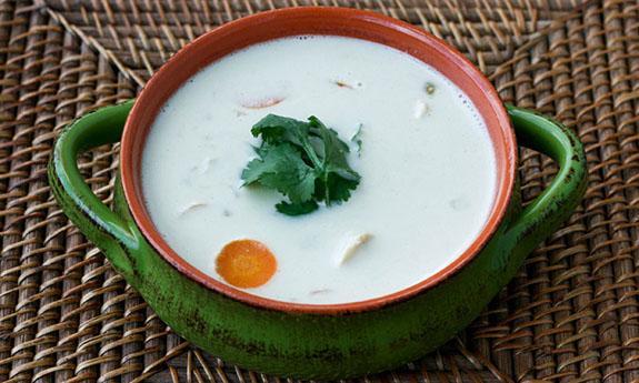 Creamy Coconut Green Chili Chicken Soup