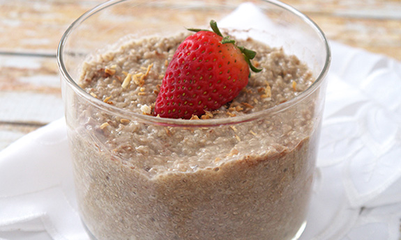 Strawberry White Chocolate Raw Chia Pudding