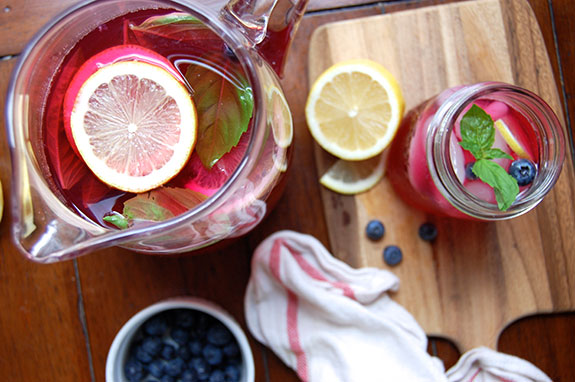 blueberry basil lemonade
