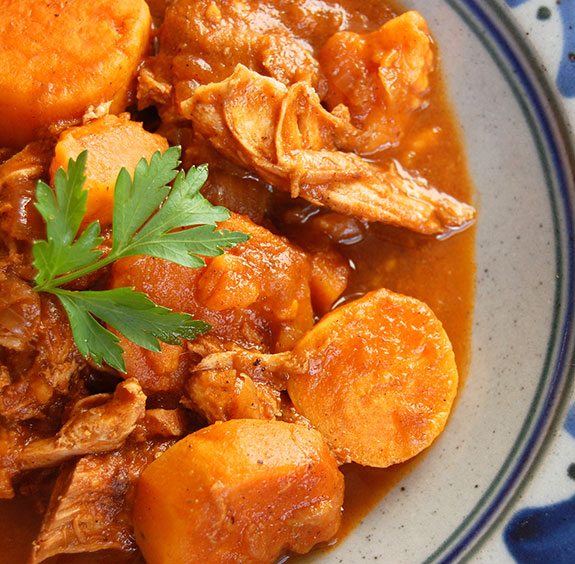 Indian Paleo Stew with Chicken (Hearty and Comforting)- This hearty stew is the ideal dish for a lazy weekend dinner. Once it starts cooking, you can just let it simmer all afternoon. Chicken is browned and then slowly simmered in a tomato sauce flavored by Indian spices.