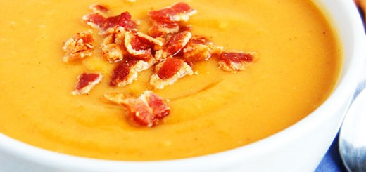 Sweet Potato and Bacon Paleo Soup- all the taste of a baked potato in one bowl of soup. And it is healthy!!!