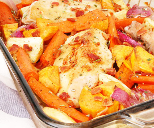 Easy One-Dish Paleo Chicken Dinner- an extremely simple, healthy and quick one pot chicken dinner. One of my go to's for a quick meal!