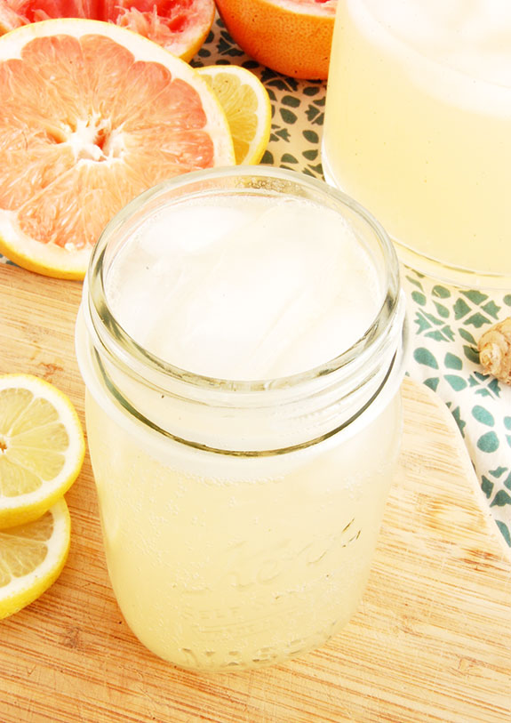 Homemade Grapefruit Soda (Tart & Refreshing)- one of my favorite healthy drinks for the summer! It is tart, naturally sweet and so refreshing.