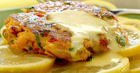 Crab-Cakes-With-Lemon-Aioli-Sauce