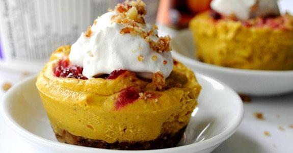 Mini-Cranberry-Pumpkin-Cheesecakes