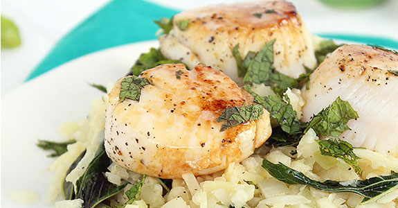 Kohlrabi and Egyptian Spinach Creamy Orzo With Seared Lemon Scallops