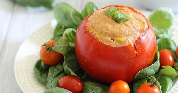 Roasted-Tomato-Cashew-Hummus