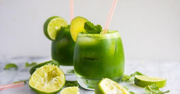 Minty Kale Limeade Mocktails
