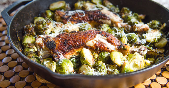 One-Pan-Crispy-Chicken-Legs-and-Brussels-Sprouts
