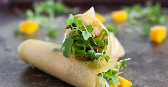 Paleo-Shrimp-and-Mango-Wraps