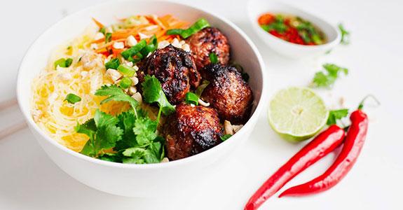 Vietnamese-Caramelized-Pork-Meatball-Vermicelli-Bowls