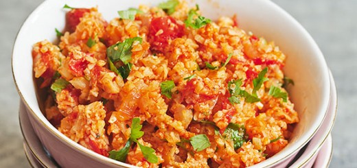 Next time you want a low carb substitute for that delicious spicy, tomatoey, garlicky mexican rice, try our low carb Mexican cauliflower rice! It is just as tasty as regular Mexican rice, but so much healthier and only has wholesome ingredients.