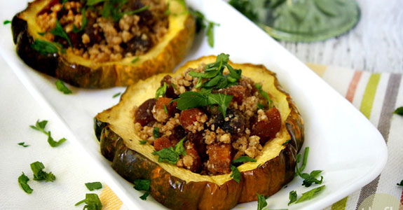 Acorn-Squash-Rings-With-Walnuts-and-Dried-Apricots