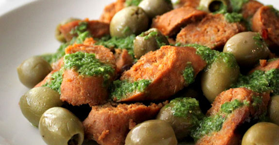 Chorizo-With-Chimichurri-and-Olives