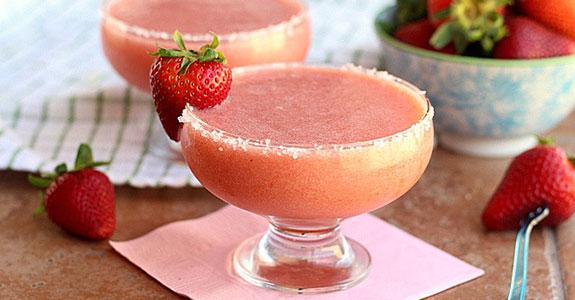 Family-Friendly-Strawberry-Margarita