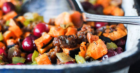Paleo-Sweet-Potato-Cranberry-Stuffing