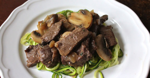 Simple-Buttery-Paleo-Beef-Stroganoff