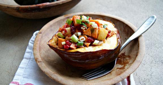 Sweet-Potato-Hash-in-Maple-Glazed-Acorn-Squash