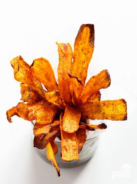 Carrot chips and dip? Yes please! Now you'll always have the perfect go anywhere snack at your fingertips.