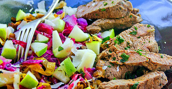 Apple,-Leek,-and-Cabbage-Slaw-With-Beef-Tips