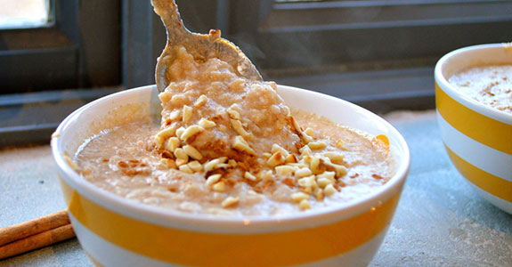 Creamy Macadamia, Apple, and Cinnamon Porridge