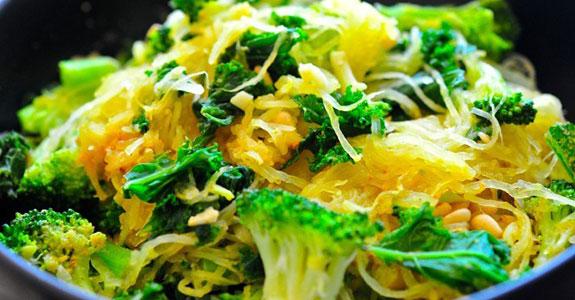 Garlicky Spaghetti Squash