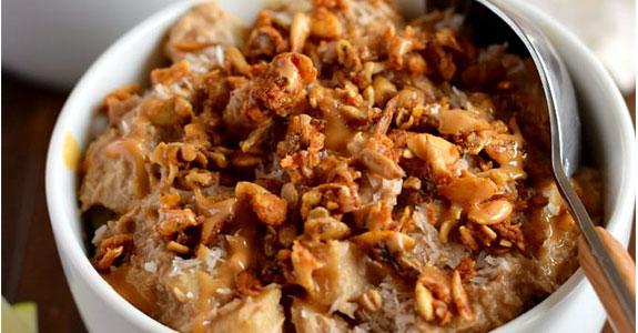 Healthy Apple Pie Breakfast Bowls