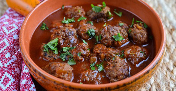 Meatballs in Tomato-Maple Sauce