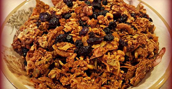 Mulberry and Tigernut Homemade Granola