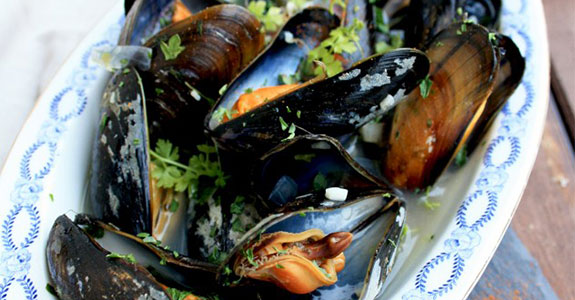 Mussels With White Wine Sauce