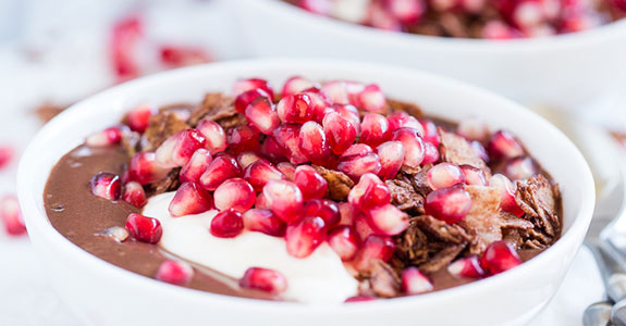 Chocolate Covered Pomegranate Acao Bowls