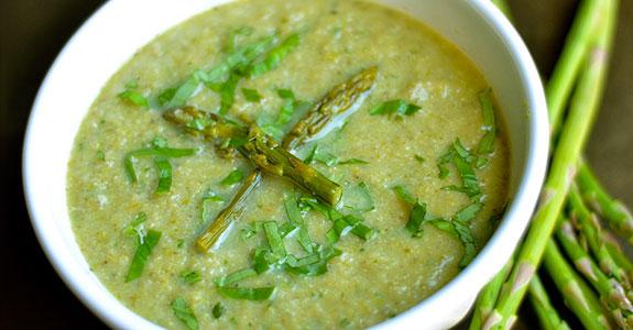 Roasted Asparagus, Cauliflower, and Mushroom Soup
