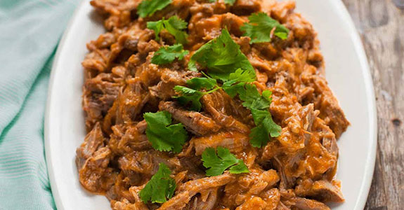 Slow Cooker Pulled Pork With Peach BBQ Sauce