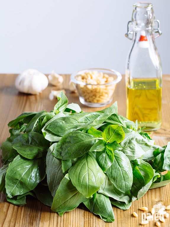 pesto ingredients